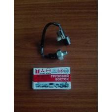Датчик давление масла Fuso Canter =YAMASIDA= MC859062