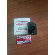 Резистор отопителя Fuso Canter E-4 =ОРИГИНАЛ= MK582981