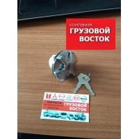 Крышка бака топливного с ключем D=35mm Fuso Canter =ZEVS= MC995804